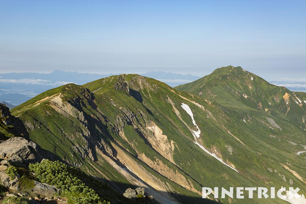 三峰山から富良野岳