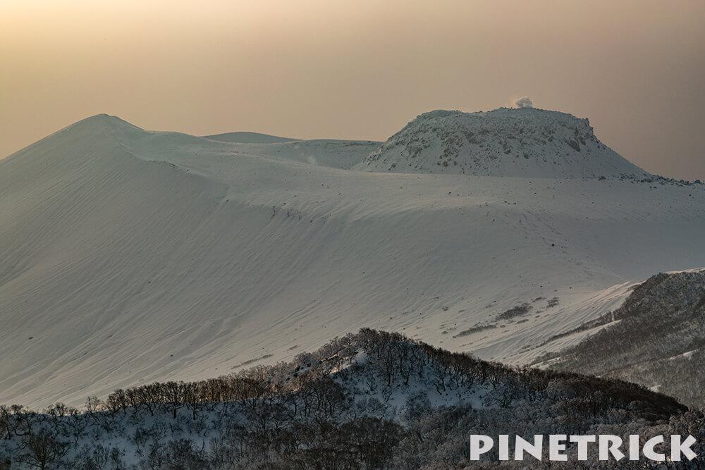 風不死岳からの樽前山