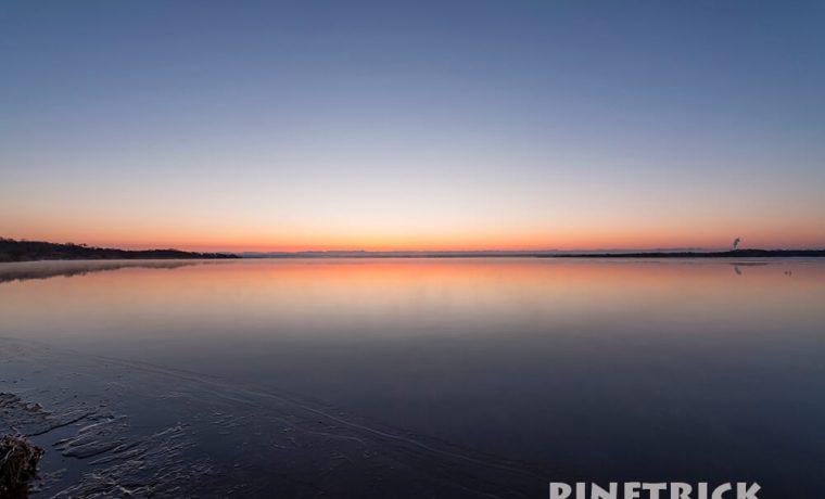 ウトナイ湖 日の出 苫小牧市