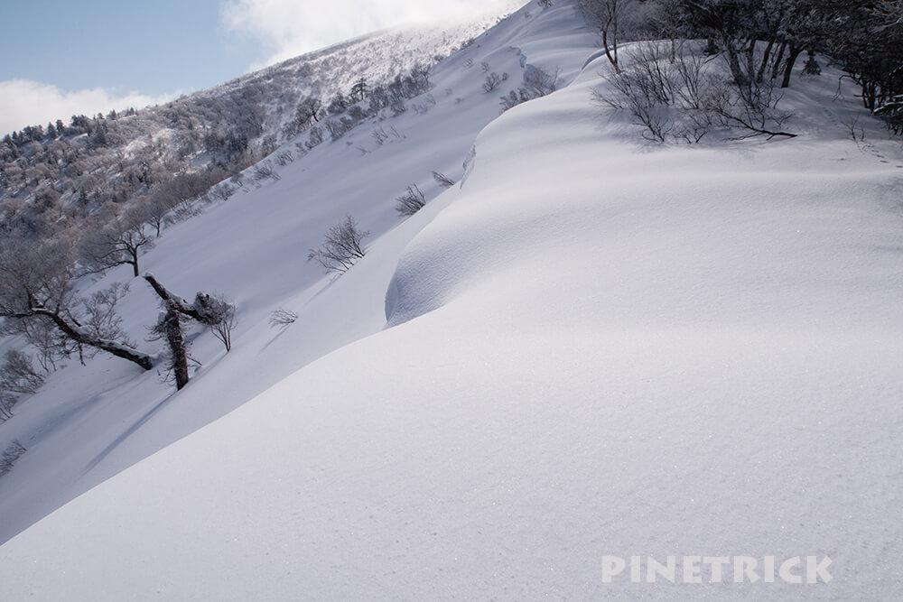 ニセコいわないスキー場 岩内岳 山スキー 雪庇