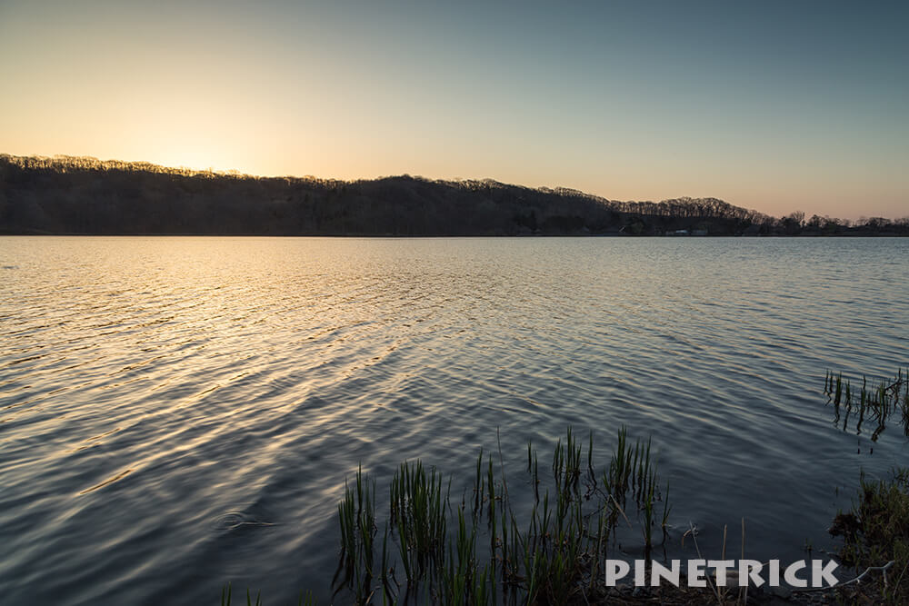 白老町 ポロト湖 アイヌ 観光名所