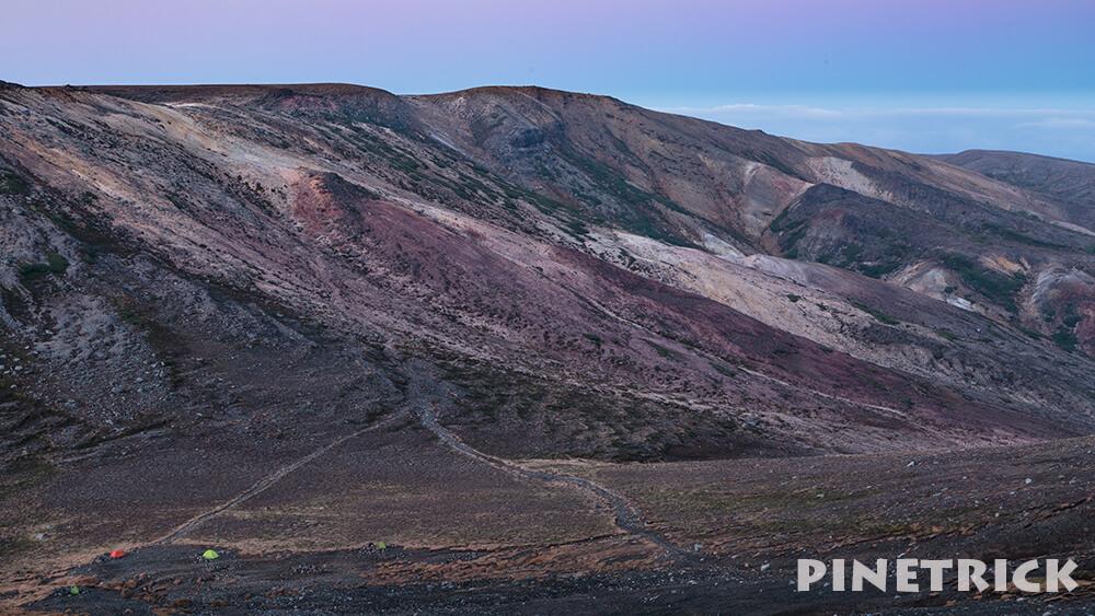旭岳 裏旭キャンプ指定地 テント ゼブラ雪渓 白雲岳