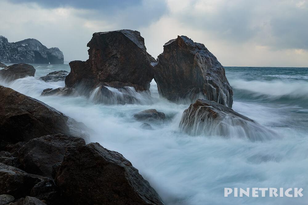 海 岩 波 スローシャッター 撮影 穴