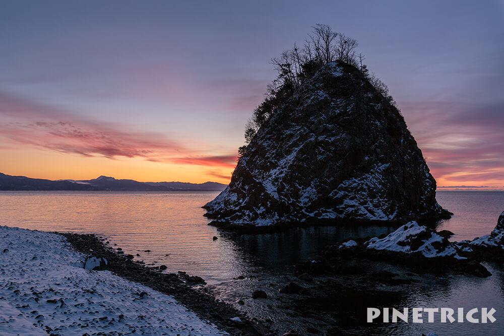 岩 海 枯山水 日の出
