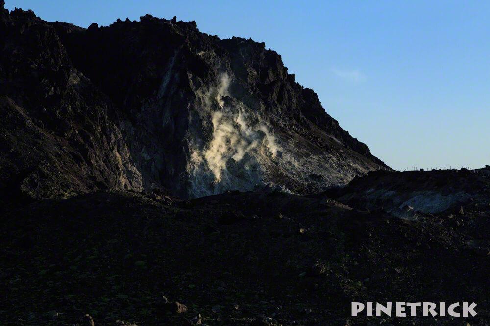 樽前山 溶岩ドーム 登山 噴煙
