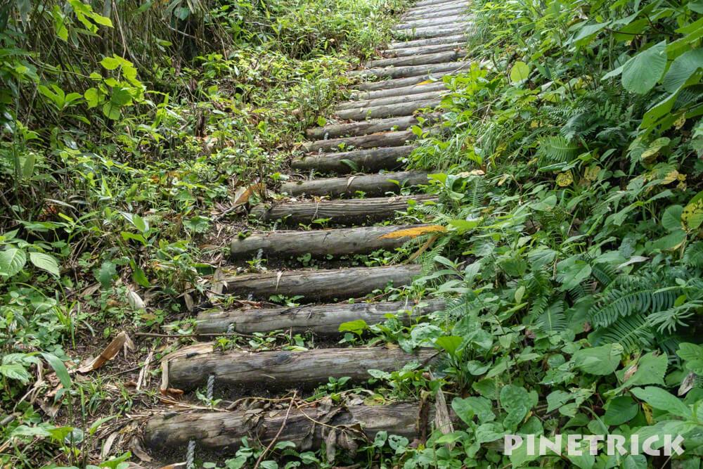 神居尻山 階段 木段 登山 Cコース