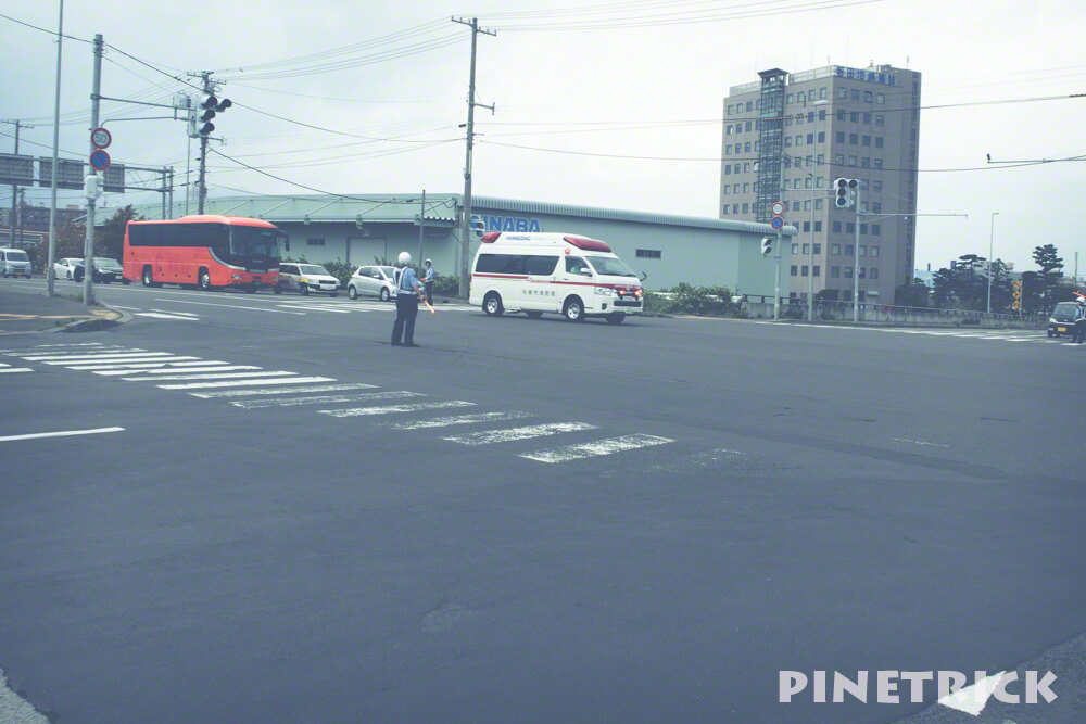 北海道胆振東部地震 停電 警察官 交通整理 誘導 救急車 札幌市
