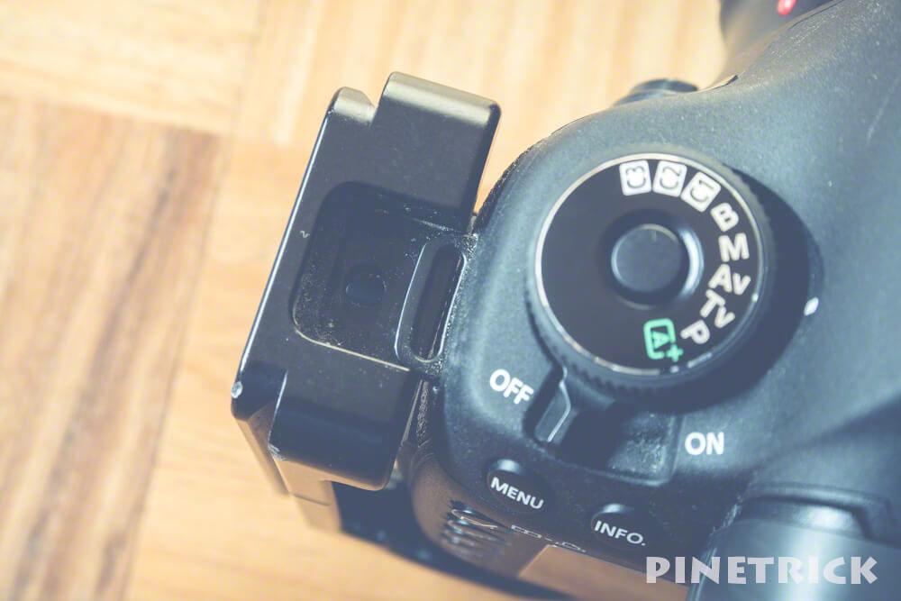 カメラストラップ L字プレート 干渉 穴 アンカー ピークデザイン