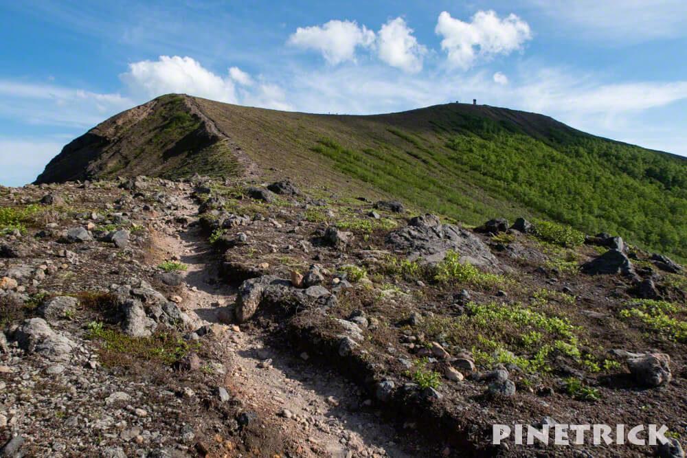 西山 樽前山 登山 トレッキング ガレ