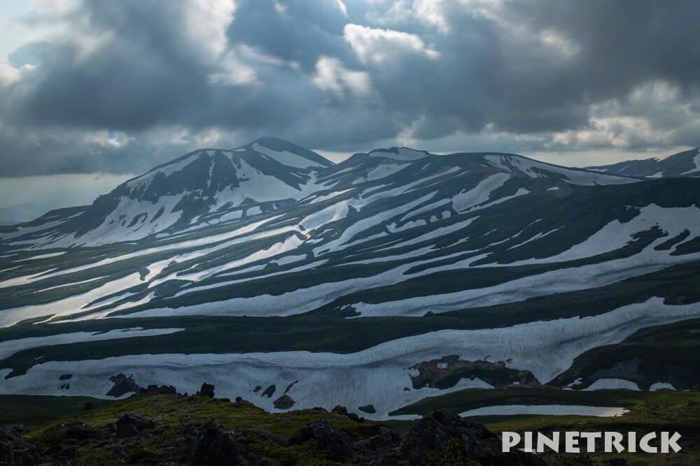 白雲岳 ゼブラ雪渓 旭岳 残雪 雪渓