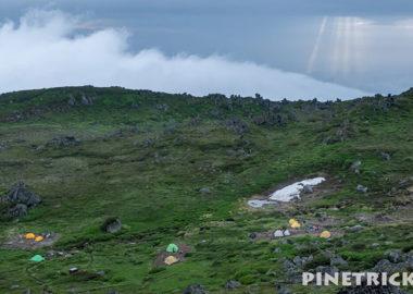 トムラウシ山 テント泊 天使の梯子 カラフル