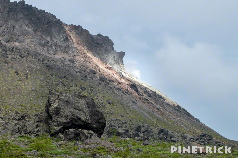 樽前山 溶岩ドーム 噴煙 登山 北海道 溶岩