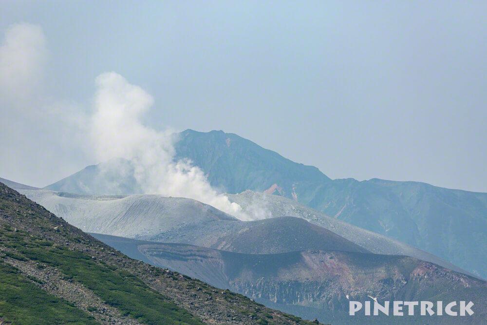 美瑛富士山頂 十勝岳 噴煙』30年周期 北海道 登山