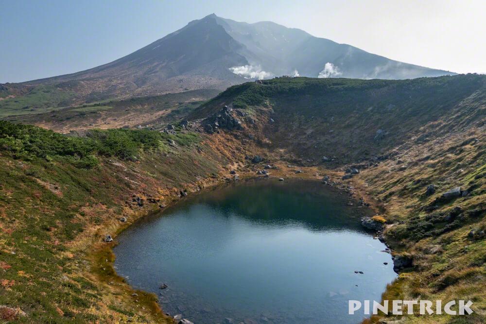 大雪山 旭岳 ロープウェイ 紅葉 すり鉢池 北海道 登山  観光名所 絶景