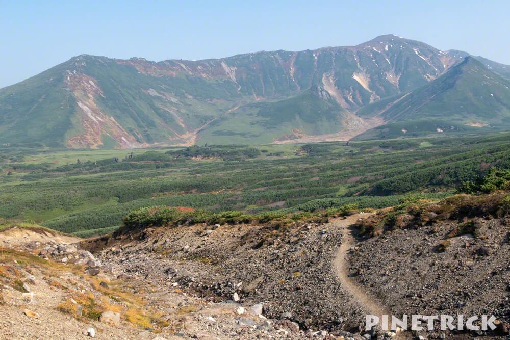 大雪山 旭岳 ロープウェイ 紅葉 北海道 登山  観光名所 絶景 当麻岳