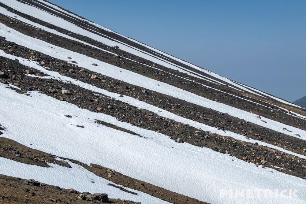 大雪山 裏旭キャンプ指定地 旭岳 ストライプ