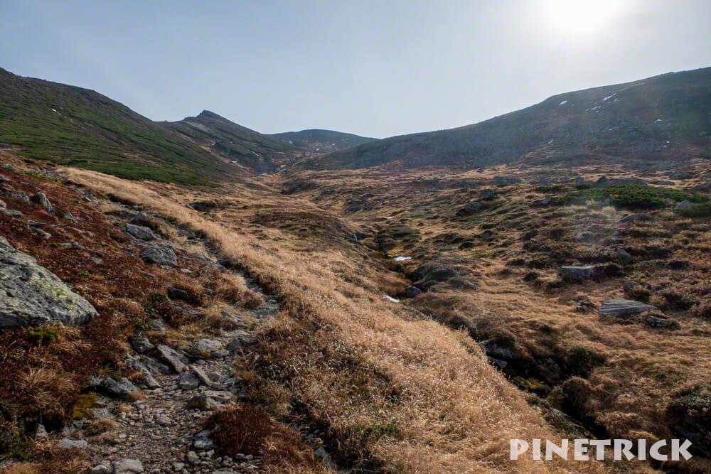 愛山渓温泉 登山 紅葉 沼の平 三十三曲りコース 永山岳 北海道