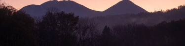 雌阿寒岳 阿寒富士 オンネトー 登山 北海道 シルエット 森林コース