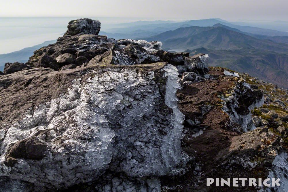 羅臼岳 山頂 氷 登山 北海道
