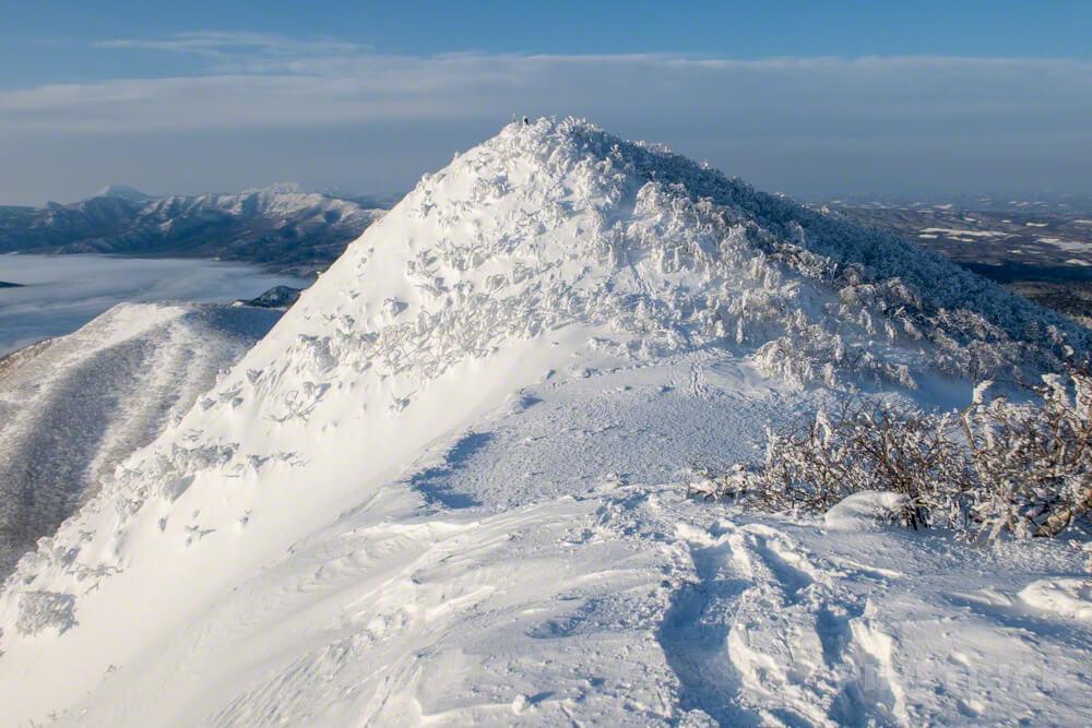 藻琴山 山頂 樹氷 冬山 登山 北海道 道東 2月