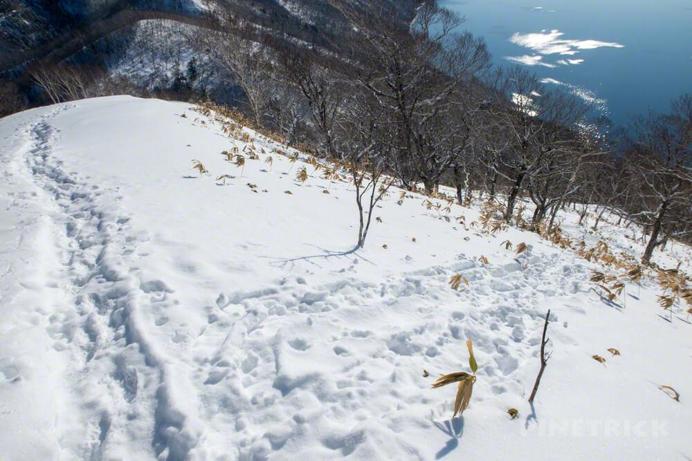 幌平山 下山 ショートカット トレース 支笏湖 登山 冬山 北海道