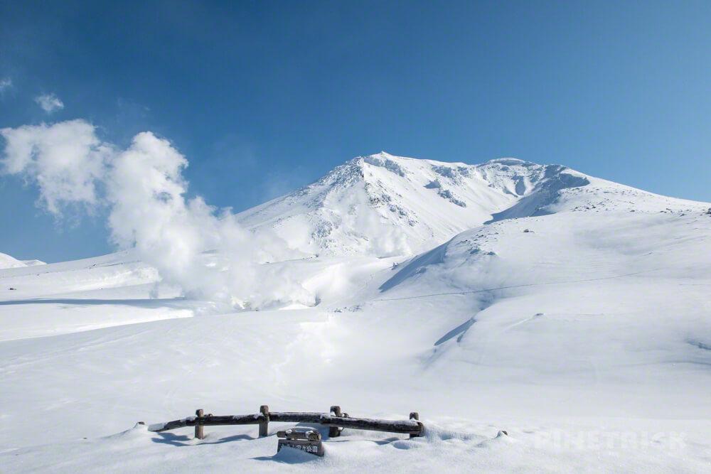大雪山 旭岳 北海道 登山 冬山 姿見の池 噴煙