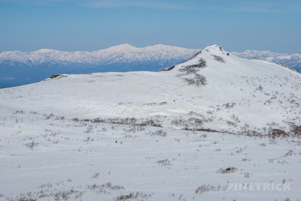 目国内岳 岩内岳 積丹半島 快晴 冬山 登山 北海道