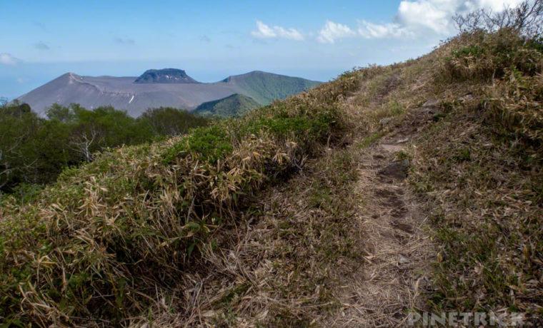 風不死岳 登山道 樽前山 山頂 溶岩ドーム 北海道 トレッキング トレラン 急登