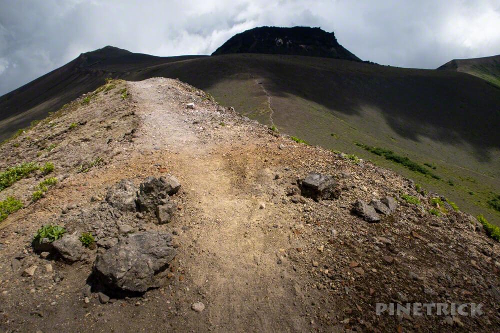 樽前山 溶岩ドーム 登山 北海道 乾燥