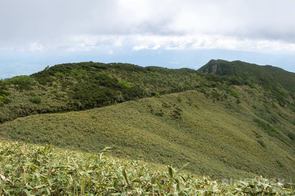 芦別岳 新道コース 雲峰山 稜線 北海道 登山