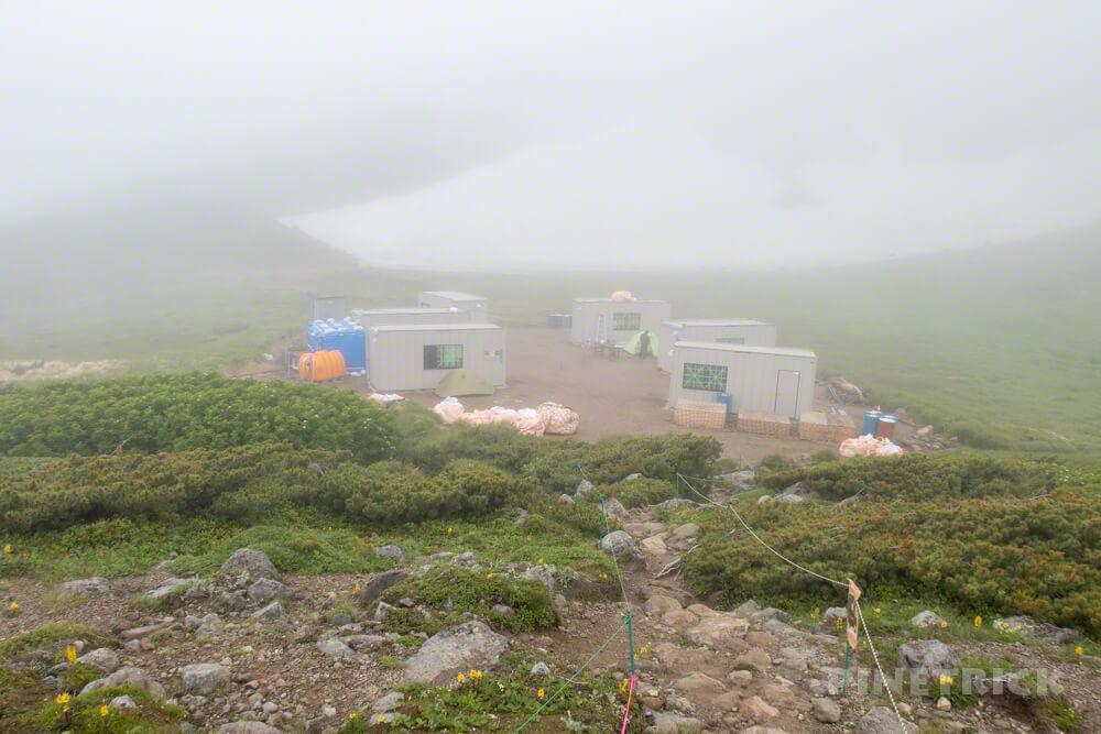 白雲岳避難小屋 テント泊 縦走 解体 プレハブ スーパーハウス
