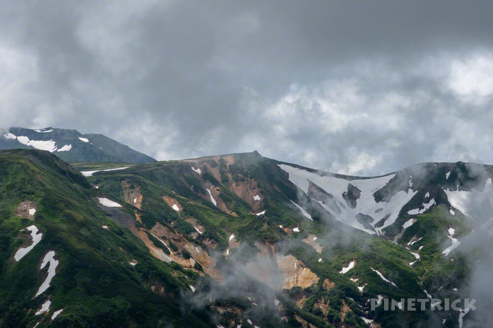 大雪山 化雲岳 ガス 雪渓
