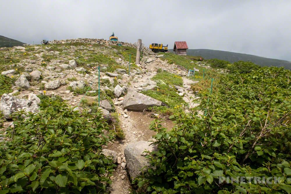 白雲岳避難小屋 建て替え工事 重機 縦走 テント泊