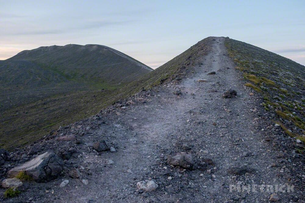 タルマエソウ サンセット登山 北海道 東山山頂