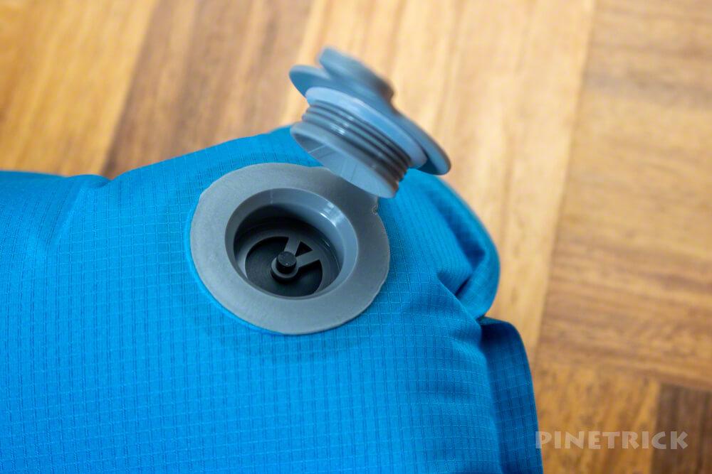 登山 テント泊 寝袋 モンベル U.L. コンフォートシステム エアパッド 150 軽量 マット 注入方法