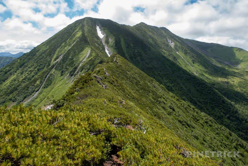 幌尻岳 チロロ林道 登山 テント泊 北海道 百名山 稜線