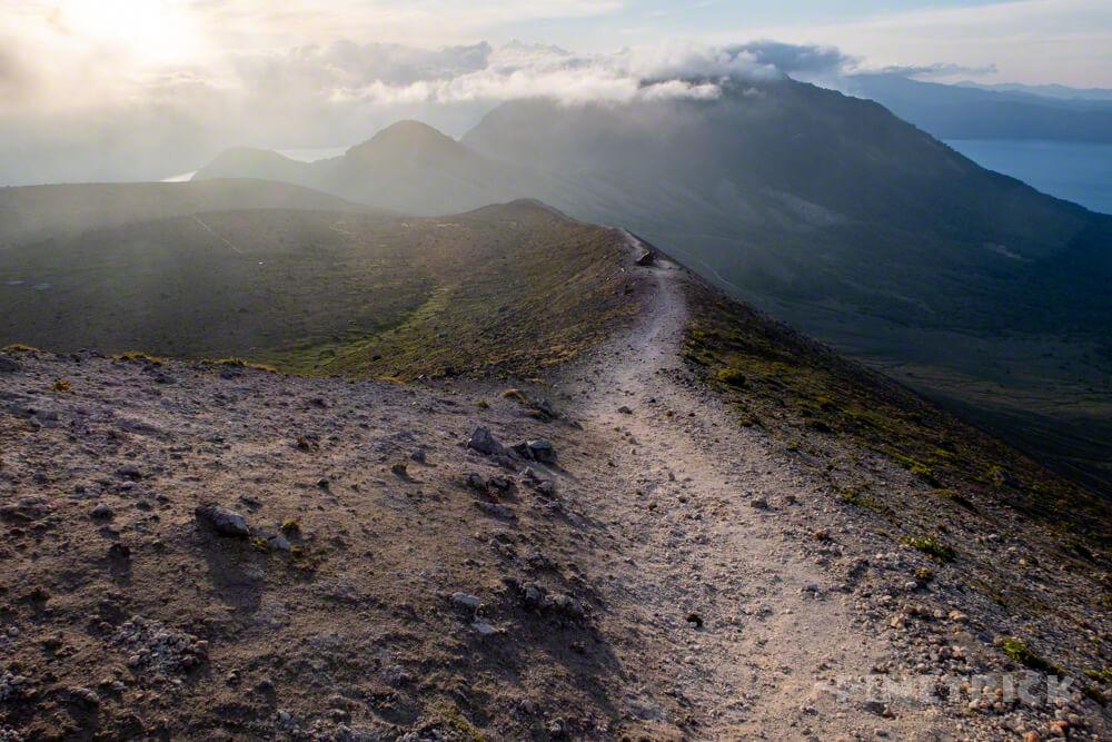 樽前山 山道 風不死岳 932峰 サンセット登山