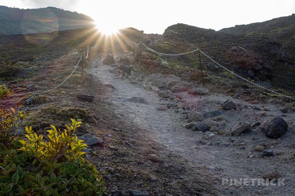 樽前山 お花畑コース 7合目登山口 駐車場 北海道 サンセット登山