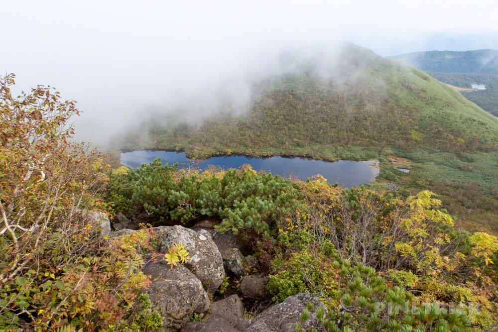 ニセコ シャクナゲ岳 登山 北海道 岩登り シャクナゲ沼