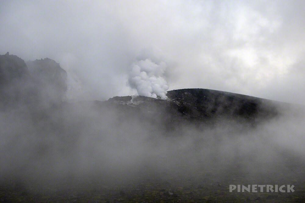 樽前山 ご来光 登山 北海道 溶岩ドーム 噴煙