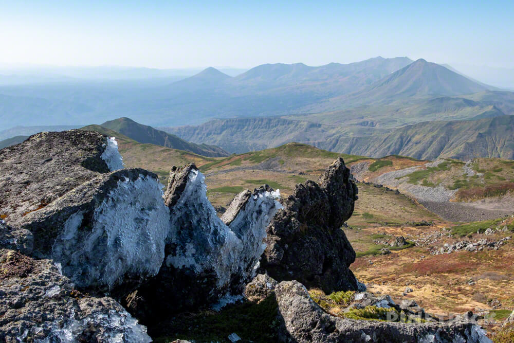 トムラウシ山 大雪山 登山 短縮コース 北海道 紅葉 岩 氷 十勝岳連峰