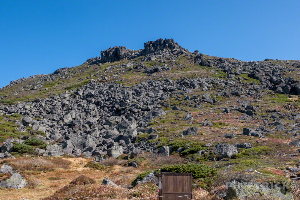 トムラウシ山 大雪山 登山 短縮コース 北海道 紅葉 山頂 南沼 テント場