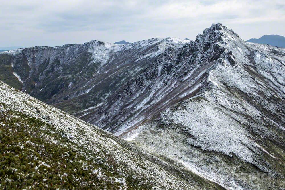 ニセイカウシュッペ山 ニセカウ 登山 北海道 登山口 アンギラス