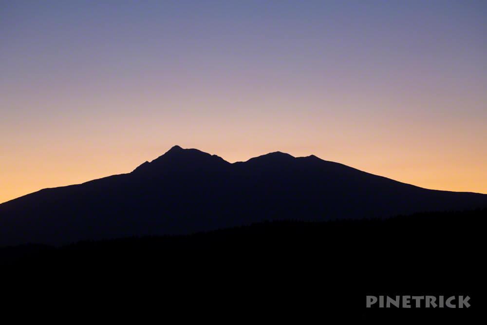 斜里岳 シルエット 登山 北海道
