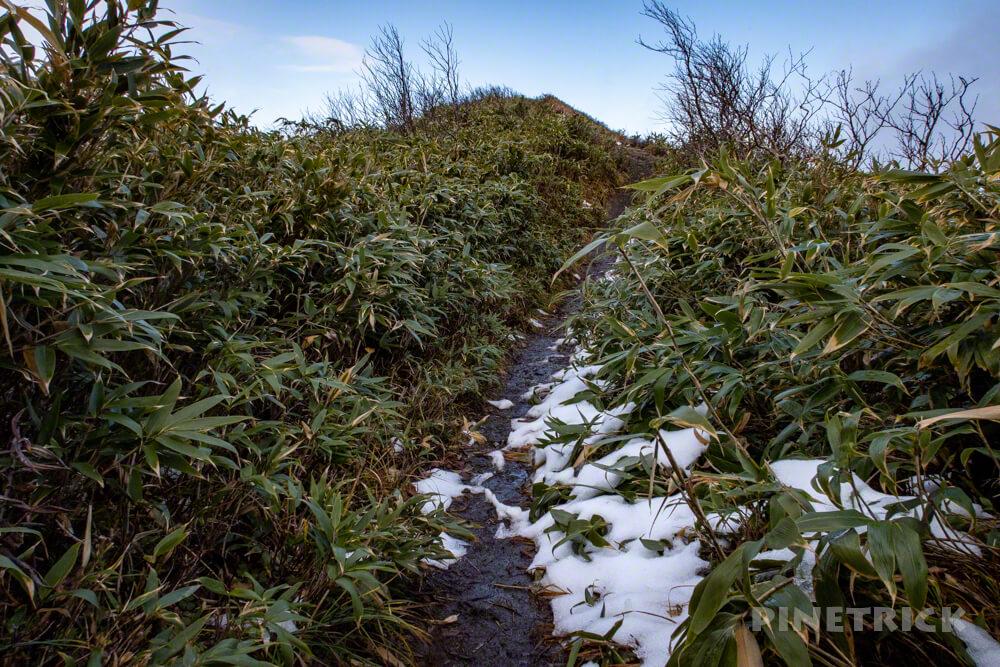 神居尻山 Bコース 登山 北海道 道民の森 残雪