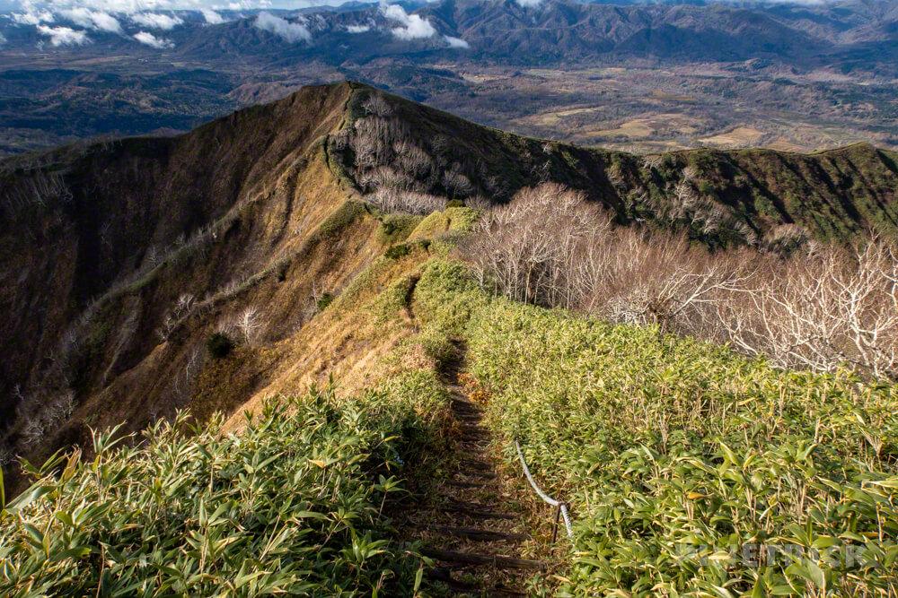 神居尻山 Bコース 登山 北海道 道民の森 稜線 絶景