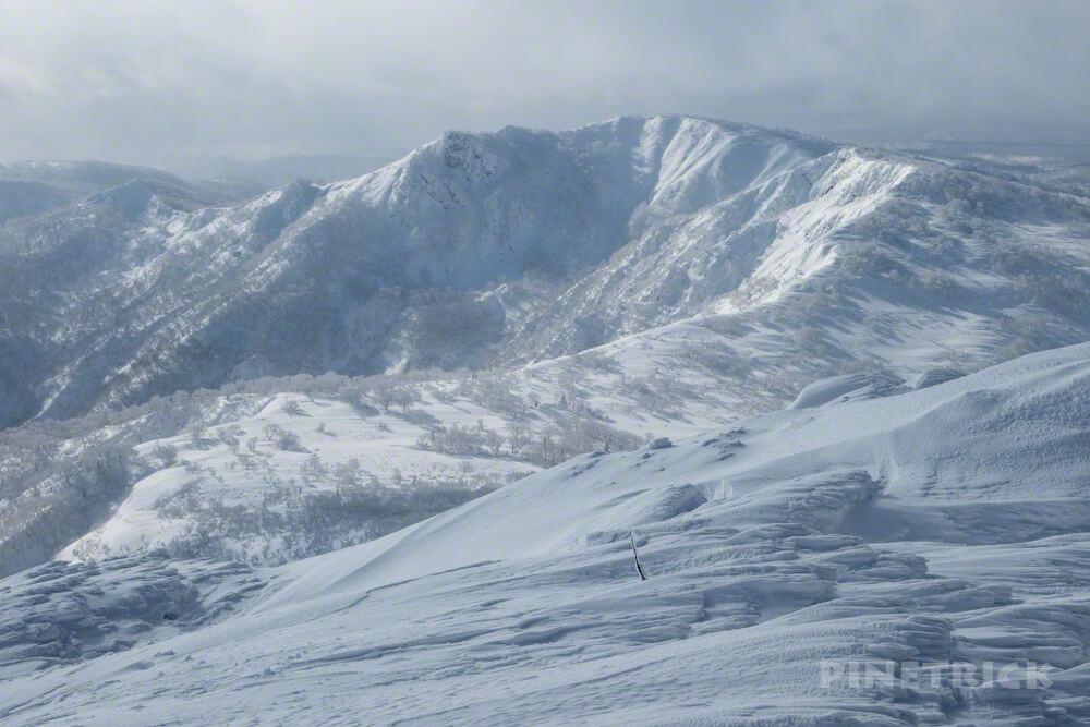 漁岳 林道 冬山 登山 北海道 山頂 小漁岳