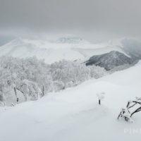 風不死岳 樽前山 溶岩ドーム 樹氷 冬山 登山 北海道