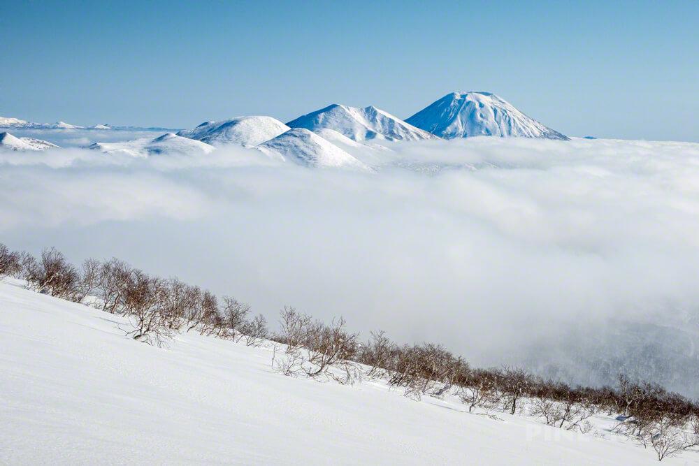 目国内岳 新見温泉 新見峠 北海道 雪山 登山 羊蹄山 ニセコ連山 雲海