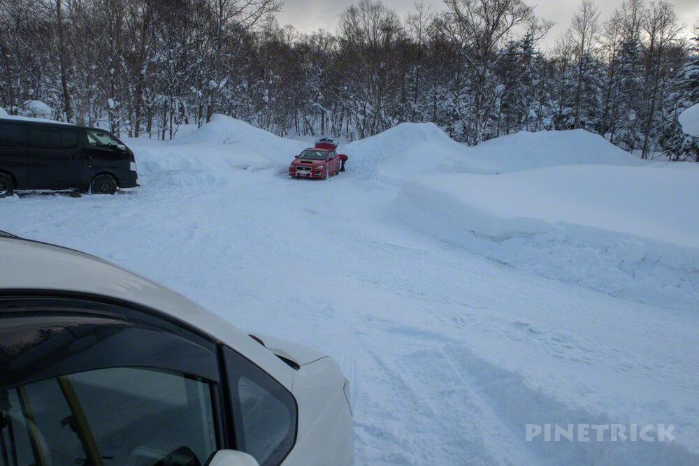 徳舜瞥山 駐車場 にょろにょろ 北海道 冬山